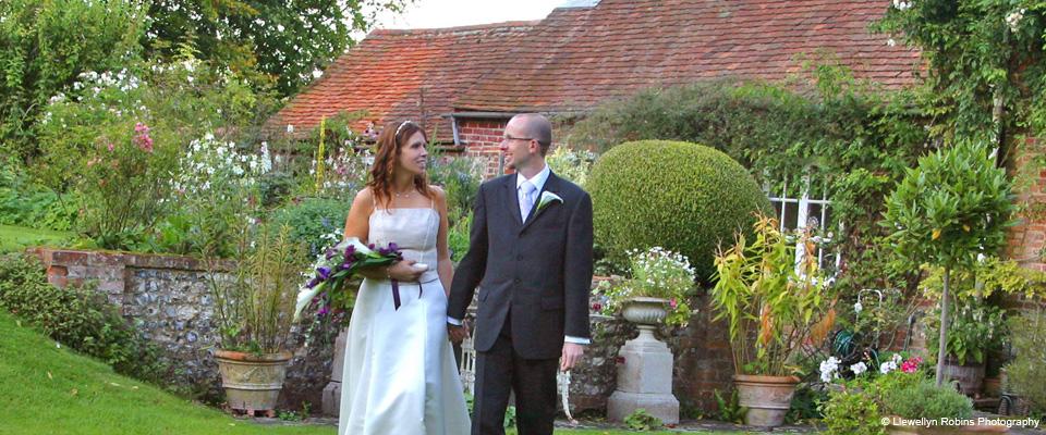 Combe Manor Wedding Venue Bride and Groom